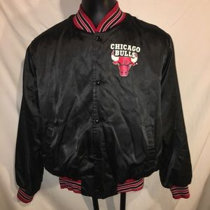 Vintage Chicago Bulls Men's Black Jacket Size XL